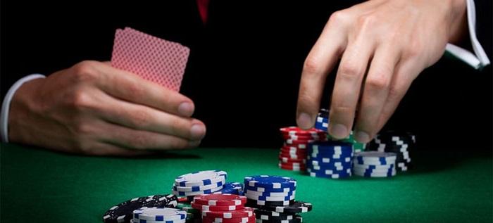Panduan Mudah Menang Bermain Poker Online